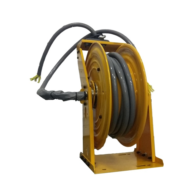 Outdoor retractable cord reel | SDI cable reel ESSC370D